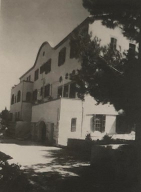 בית הארחה כרמלהיים שנבנה בשנת 1911 ונהרס לטובת הקמת מגדלי פנורמה